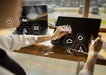 中小企業が導入すべき業務管理システムとは?ERPとの比較や導入検討時のポイント
